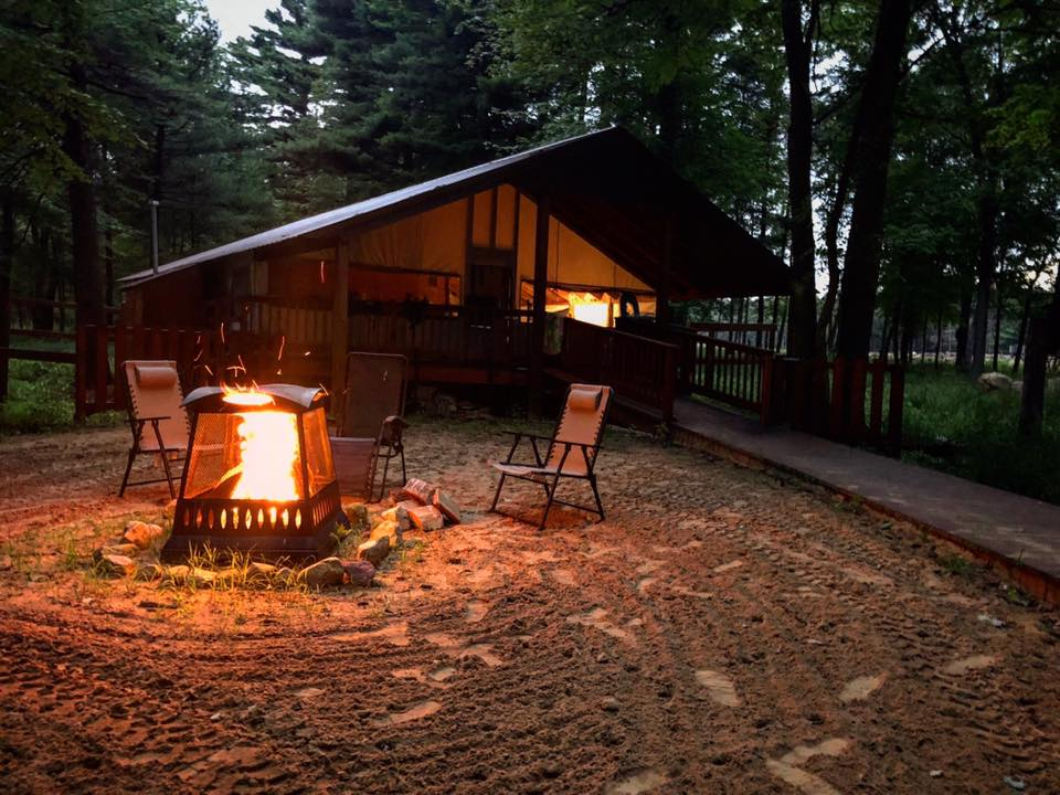 glamping wisconsin